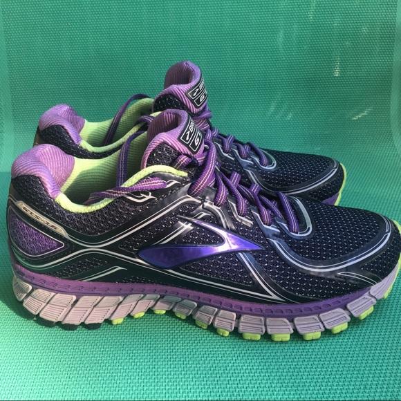 Brooks Shoes | Size 7 Womens Adrenaline